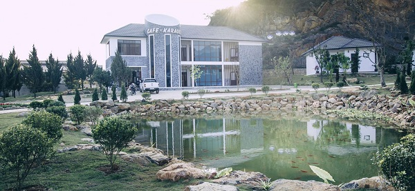 khu-trung-tam-thao-nguyen-resort