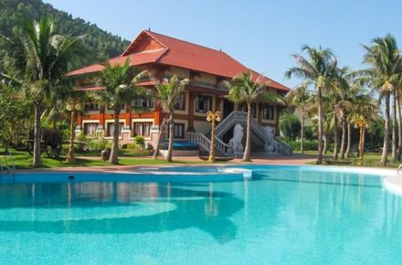 tour-du-lich-bai-lu-resort-3-ngay-2-dem