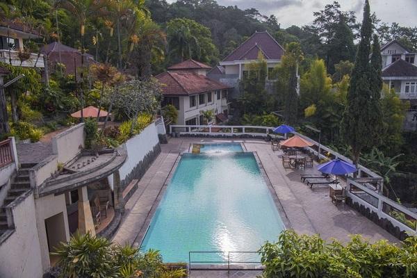 family-resort-3
