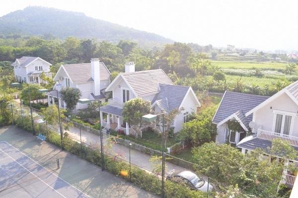 green family resort 1