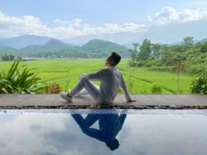 ecolodge-resort-voi-be-boi-view-thung-lung